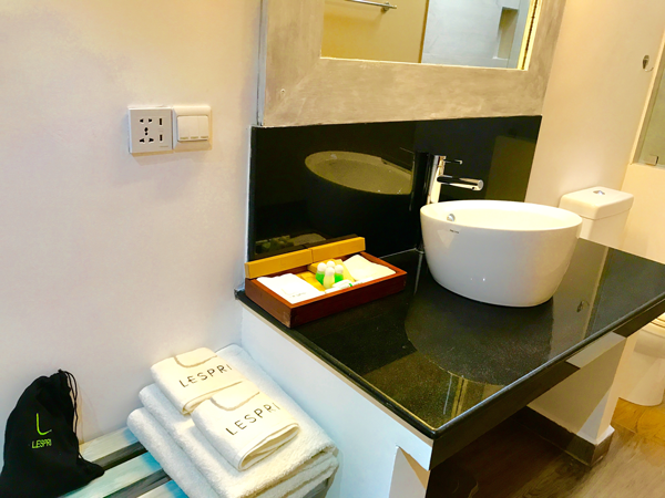 Bath room lespri grand negombo hotel