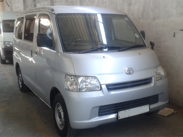 Rent a car lespri sri lanka hire Toyota lite ace van on rent